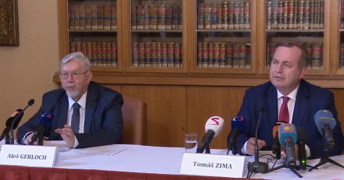 Charles University to sue President Zeman for not appointing professors